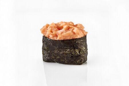 Суши Острый копченый лосось