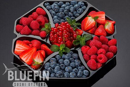 Ассорти из свежих ягод