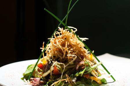 Салат в тайском стиле