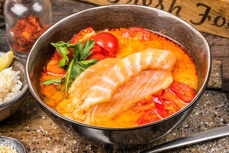 Суп Том Ям с лососем