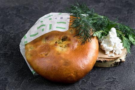 Пирог Осетинский с творогом и зеленью