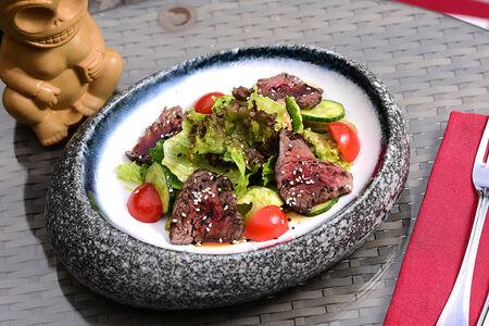 Микс салат с ростбифом
