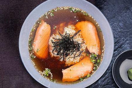 Суп рисовый с лососем