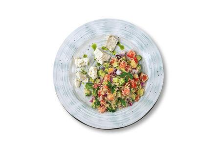 Овощной салат с кус-кусом и греческим сыром