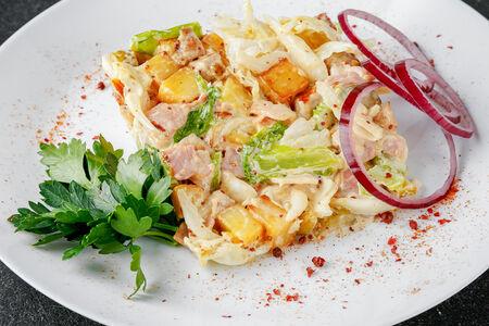 Салат с печеным картофелем