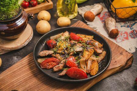 Оджахури из свинины с овощами