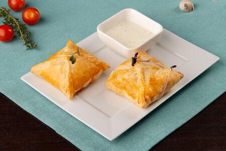 Конвертики с сыром Сулугуни