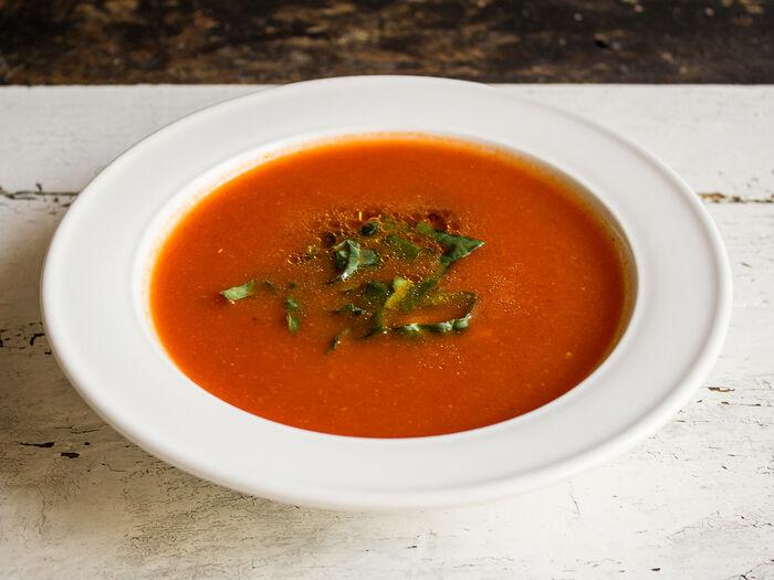 Суп из печеных томатов и перца