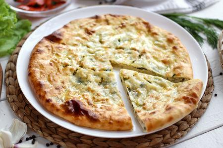Пирог осетинский с рыбой и сыром
