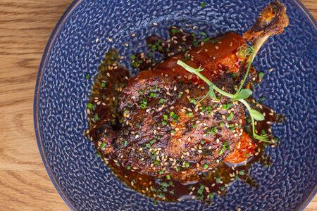Утка с медовой тыквой в соусе хойсин