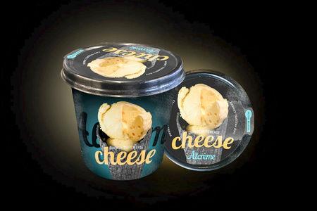 Мороженое в стаканчике Сырное