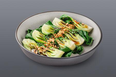 Салат с бланшированной пак-чой