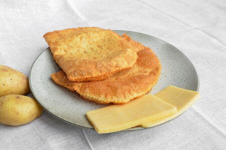 Чебурек с картошкой и сыром