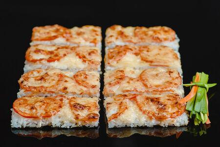 Суши пицца с угрём