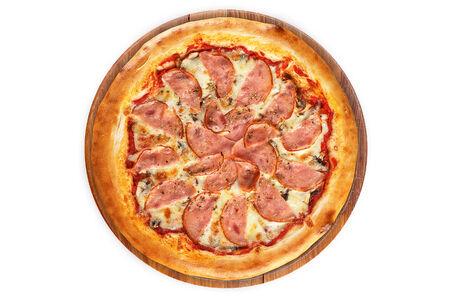 Пицца Ветчина и грибы на пышном тесте