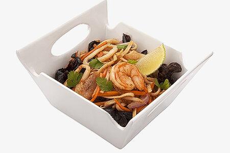 Вок Удон с морепродуктами в устричном соусе