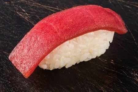 Суши Тунец