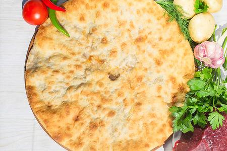Осетинский пирог с говядиной и картошкой (1200 г)