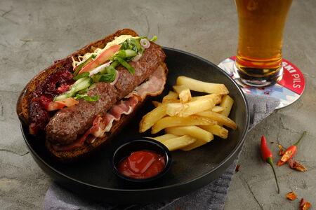Лонгбургер с мраморной говядиной
