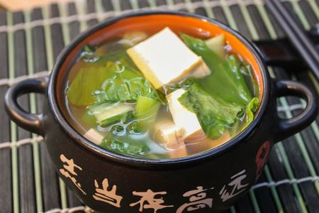 Суп с тофу и зеленью