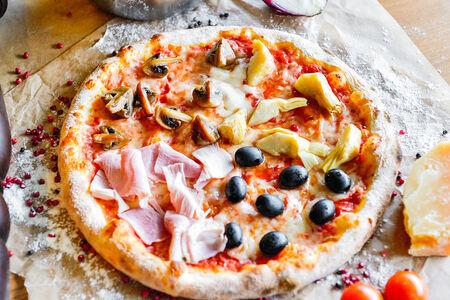 Пицца Каприччиоза