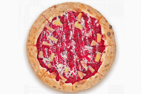 Пицца-пирог с брусникой и ананасами
