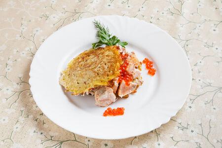 Драники с жареным лососем