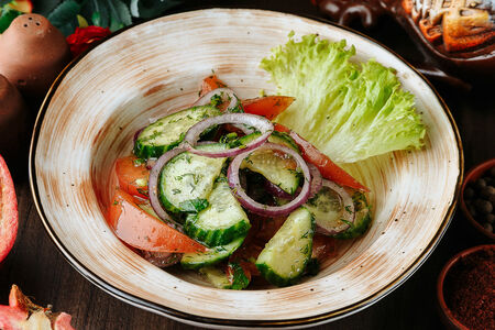 Салат Овощной по-тбилисски