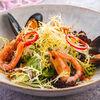 Фото к позиции меню Свежий салат с морепродуктами