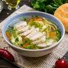 Фото к позиции меню Суп с лапшой и курицей гриль