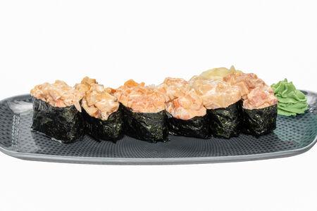 Суши спайси с лососем