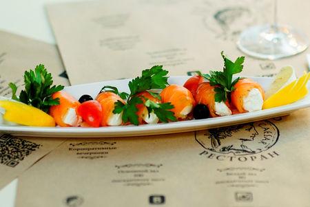 Рулеты из рыбы с творожным сыром