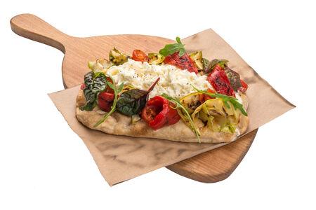 Пицца страчателла вердуре маринатэ