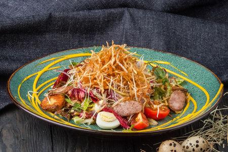 Салат Дрезденский с колбасками