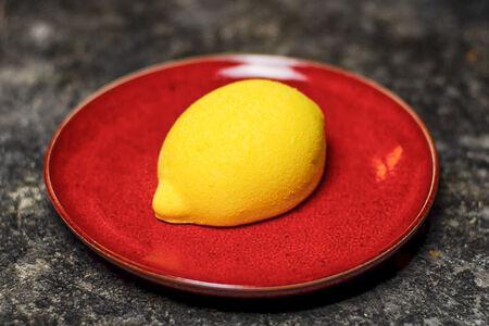 Десерт Лимончелло