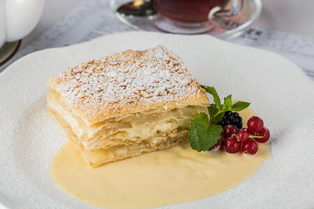 Торт Наполеон с яблоками