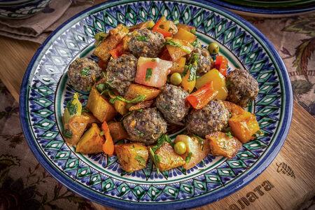 Тефтели с гарниром из овощей