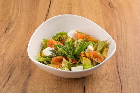 Микс-салат с семгой