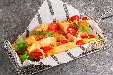 Картофель острый с сыром и халапеньо