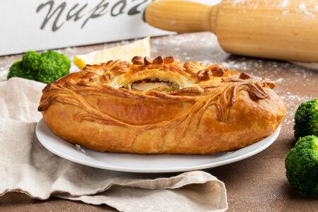 Пирог с кетой и брокколи