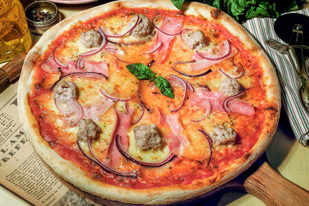 Пицца Ла сальсичча