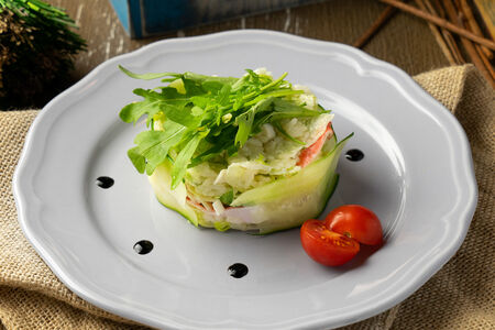 Салатик с крабовыми палочками