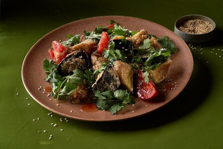 Салат с баклажанами
