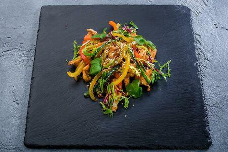Хумо. Жареные куриные грудки с овощами
