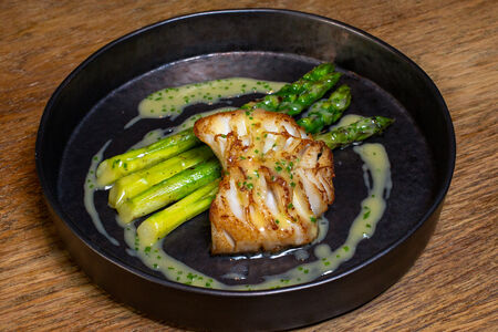 Угольная рыба с овощами