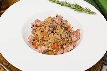 Рис с говядиной по азиатски