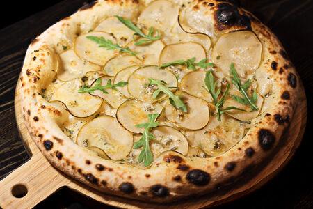Пицца Груша с дор блю