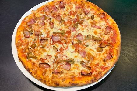 Пицца Черный лес