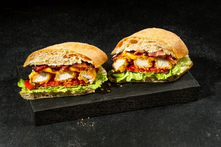 Куриный сэндвич Блт
