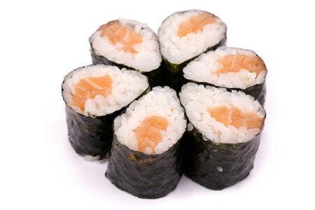 Мини роллы с острым лососем